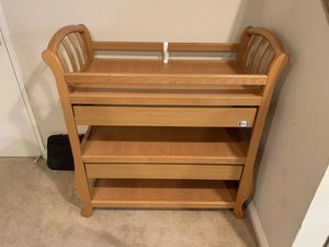 Baby changing table for Sale in Garden Grove, CA