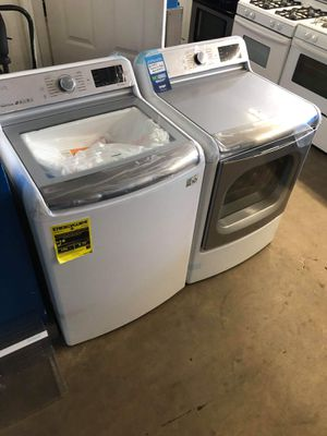 Brand new LG make a capacity washer and dryer washer is 5.6 ft.³ dryer is 9.0 ft.³ for Sale in Montclair, CA