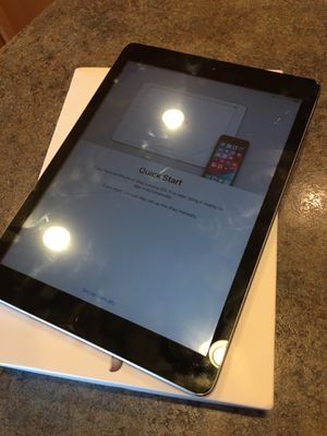 iPad 5th generation for Sale in Pasco, WA