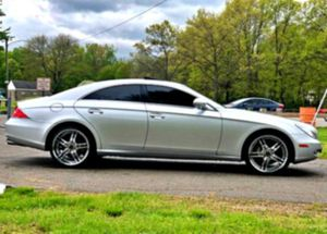🏁 2OO6 Mercedes-Benz CLS 500 💨 for Sale in Presque Isle, ME