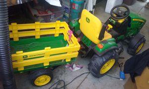 John Deere caro de tractor for Sale in Santa Ana, CA