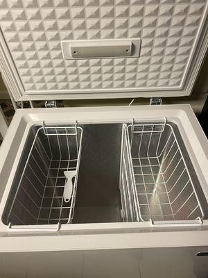 Magic Chef Freezer 5.0. Cu Ft. for Sale in Arlington, VA
