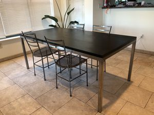 Modern, classic dining room table for Sale in San Francisco, CA