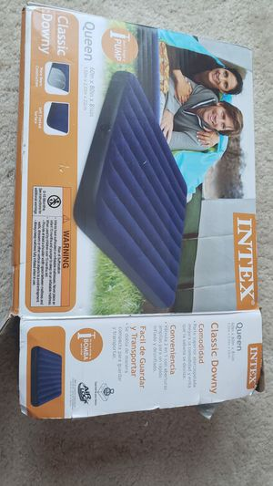 Queen air bed for Sale in Schaumburg, IL