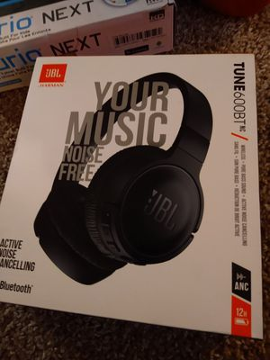 Jbl headphones for Sale in Suitland-Silver Hill, MD