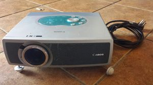 Canon projector for Sale in Fresno, CA