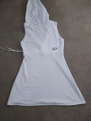 Womans Dress medium under armour for Sale in Sauget, IL
