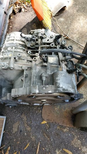 Transmission for 05 Lexus es300 for Sale in North Chesterfield, VA