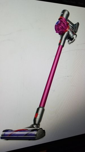 Dyson cordless stick vacuum for Sale in Tacoma, WA