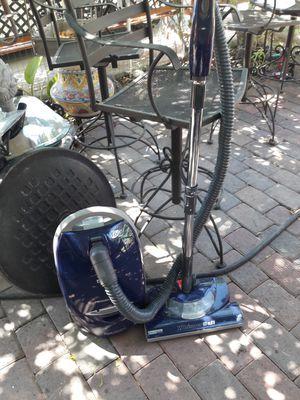 Vacuum for Sale in Glendale, AZ