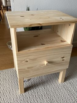 Nightstand Side Table for Sale in Seattle,  WA