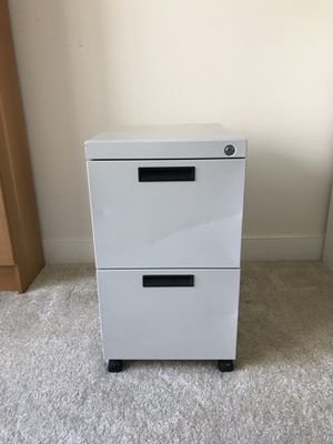 Large Metal 2 Drawer Filing Cabinet for Sale in Alexandria, VA