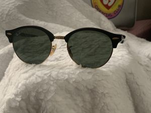 Ray-Ban Polaroid sunglasses for Sale in Columbus, OH