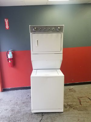 Super capacity electric dryer washer combo unit for Sale in Aurora, IL