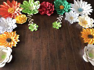 Flores de papel for Sale in West Covina, CA