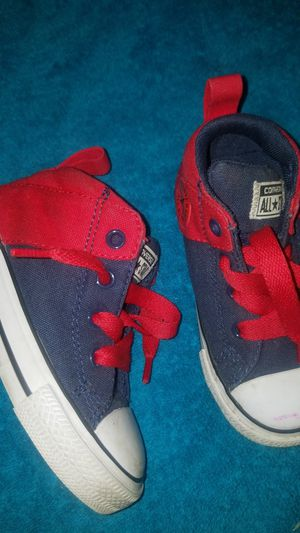 Baby converse shoes size 7 for Sale in Kent, WA