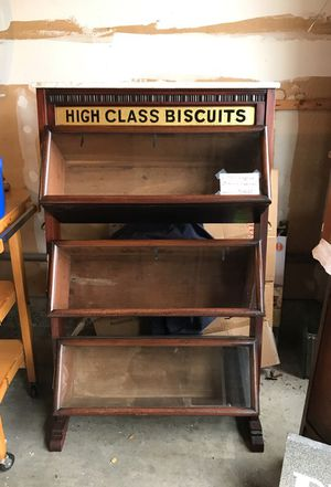 Antique High Class Biscuit Cabinet for Sale in Kirkland, WA
