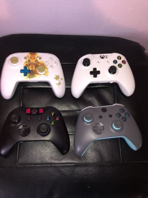 XBOX ONE CONTROLLERS for Sale in Philadelphia, PA