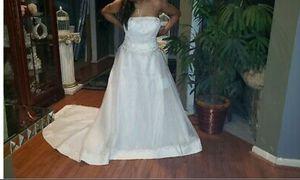 Ivory Wedding Dress 26W for Sale in Miami Beach, FL