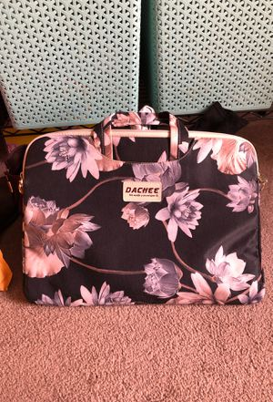 Dachee 15 inch laptop bag with shoulder strap for Sale in Waterville, NY