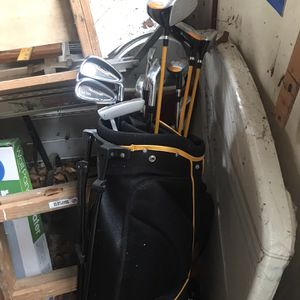 Wilson ultra set of golf clubs for Sale in Laurel, MD