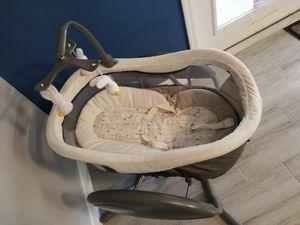 Graco Baby Swing $120 OBO for Sale in Land O' Lakes, FL