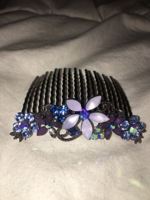Women's swarovski Hair Clip for Sale in Arlington, VA