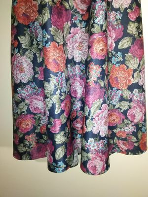 Vintage style floral dress woman's size m medium for Sale in Takoma Park, MD
