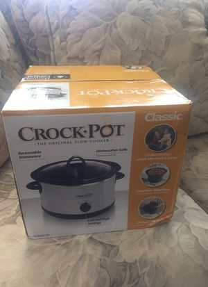 Brand New Never Opened Crock Pot 4 Quart... for Sale in Miami, FL