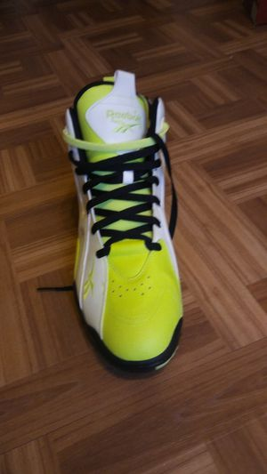 Reebok glow in the dark shoes! for Sale in Cleveland, OH