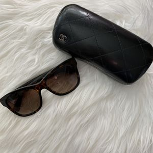 Chanel Square Sunglasses for Sale in Irvine, CA
