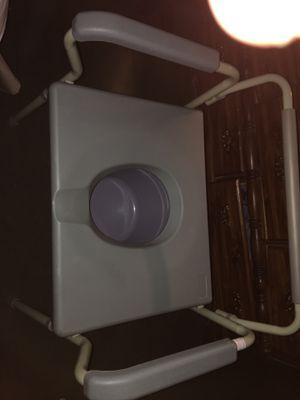 Bedside Commode for Sale in Clanton, AL