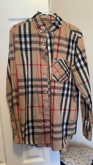 Burberry shirt for Sale in New Orleans, LA