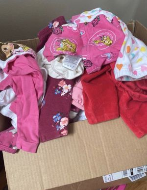Box full of gently used baby girl clothes and new 90 pcs total size 3-24months $120 for Sale in San Leandro, CA