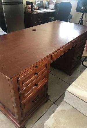 Presidential Desk for Sale in Fontana, CA