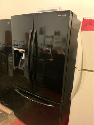 Samsung French doors excellent condition for Sale in Halethorpe, MD