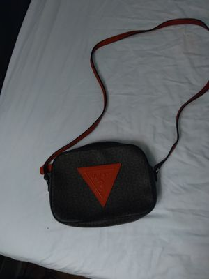 GUESS HANDBAG . NEVER USED! CONDITION IS NEW! for Sale in Phoenix, AZ