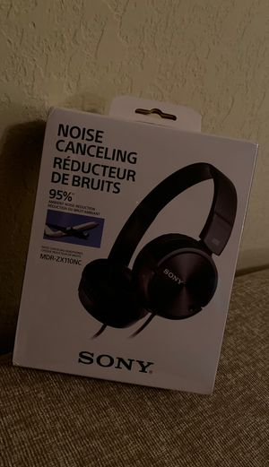 BRAND NEW SONY NOISE CANCELING HEADPHONES for Sale in Fort Lauderdale, FL