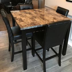 Five piece Bar heist dining table and a three piece matching coffee table set for Sale in Los Angeles,  CA