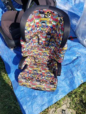 Booster seat in perfect condition for Sale in Los Angeles, CA