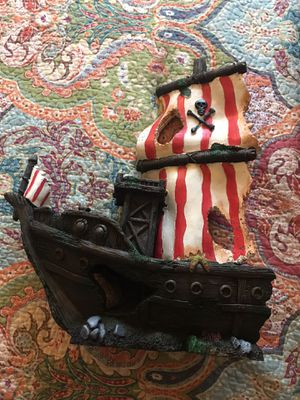 Large pirate ship decoration for Sale in Vancouver, WA