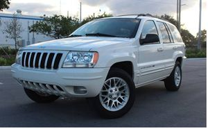 Low Miles 2004 Jeep Grand Cherokee AWDWheels for Sale in Washington, DC