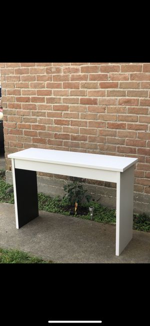 Modern Home Office Desk / Tv Stand for Sale in Houston, TX