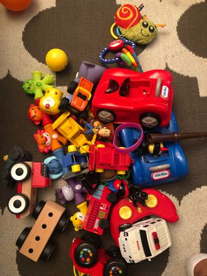 Toys and stuffed animals for Sale in Hillsboro, OR