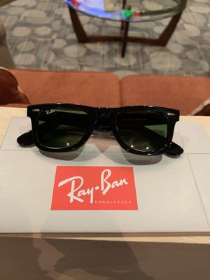 Ray Ban Wayfarer for Sale in Lawrenceville, GA