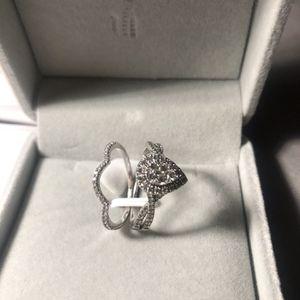 Pear Shape Wedding Set Size 9 for Sale in Chandler, AZ