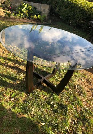 Glass Dining table (used) for Sale in Hayward, CA