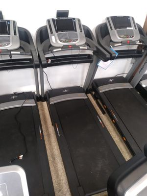 NordicTrack c1650 Treadmill. 3 year warranty! Retails for $1999! for Sale in Manhattan Beach, CA