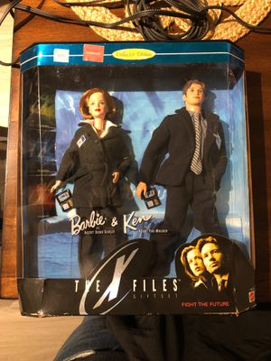 1998 X-Files Barbie and Ken Collector's Edition for Sale in Alexandria, VA