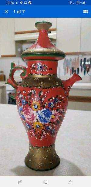 "Vintage Italian DERUTA Pottery 12"" decanter Signed G. Lamincia excellent conditi for Sale in Milford, CT"